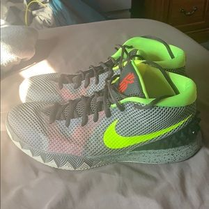 """Kyrie 1 """"Deep Pewter"""" Shoes"""